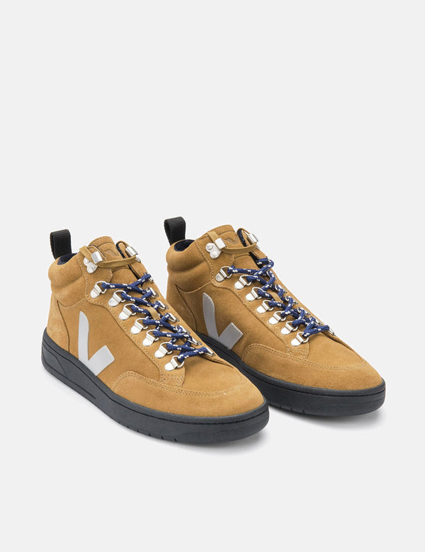 Veja Roraima Suede Trainers - Tent/Grey/Black Sole