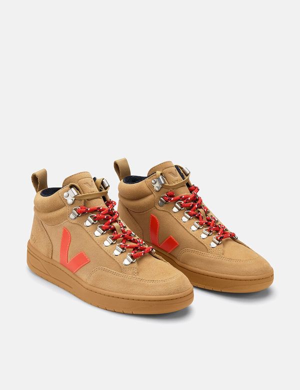 Veja Roraima Suede Trainers - Desert/Orange Fluo/Gum Sole