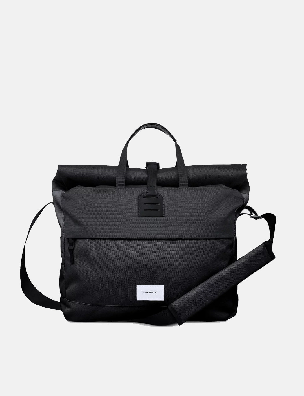 Sandqvist Tor Messenger Bag - Black | URBANEXCESS.