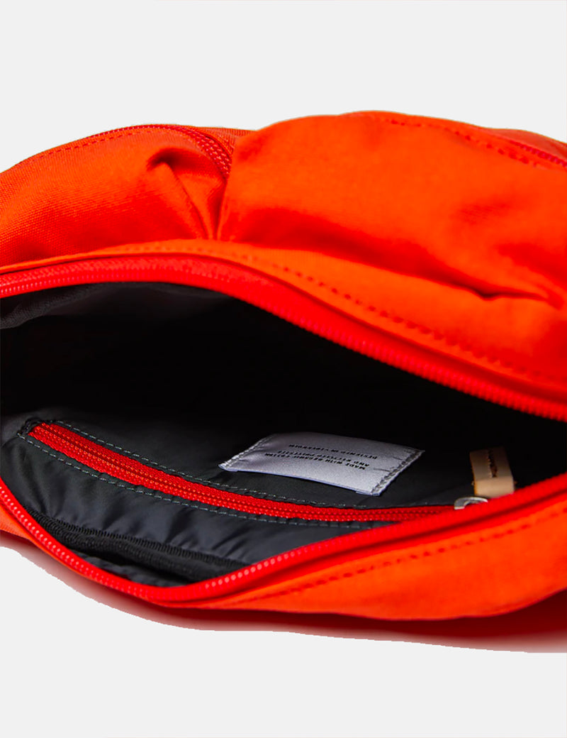 Sandqvist Paul Hip Bag - Poppy Red
