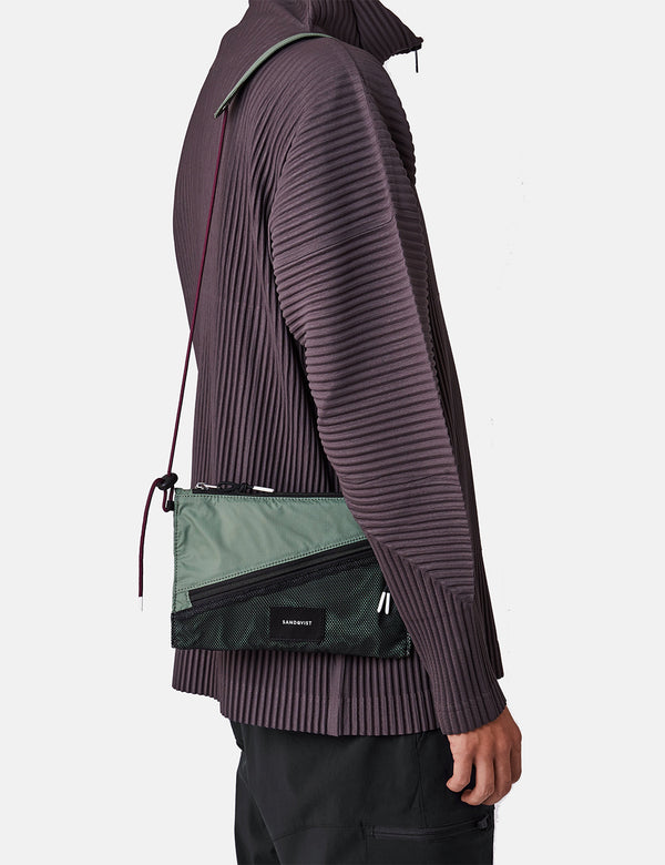 Sandqvist Dan Lightweight Side Bag - Dusty Green/Night Green