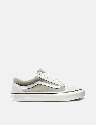 258be9400217e VANS ー Buy Vans Old Skool Shoes | SK8-Hi | Slip-On | URBAN EXCESS.