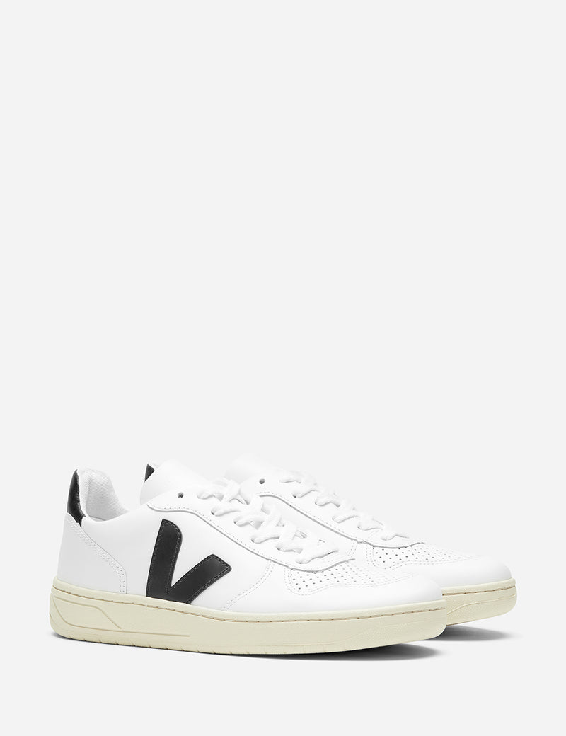 Womens Veja V-10 Leather Trainers - Extra White/Black