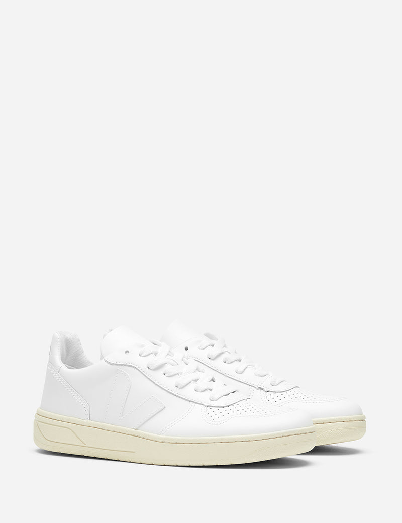 Womens Veja V-10 Leather Trainers - Extra White