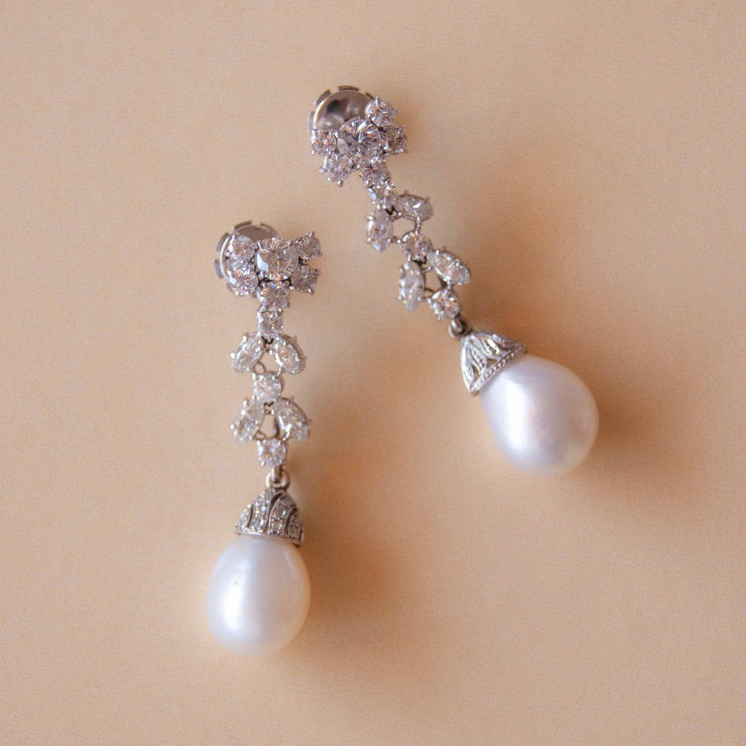 Azza Pearl Earring - Collectors Edition