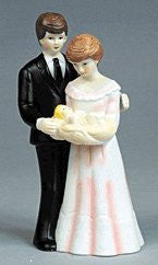 Couple w/ Baby - Porcelain - 1 Count
