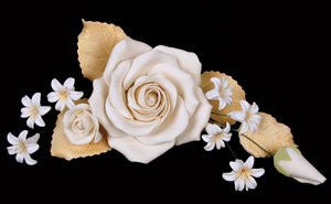 Chantilly Rose Spray - Ivory 3 Count