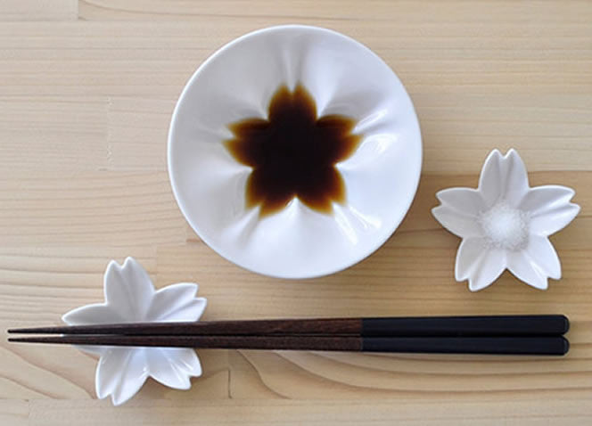 SAKURA 2 PIECE DISH SET