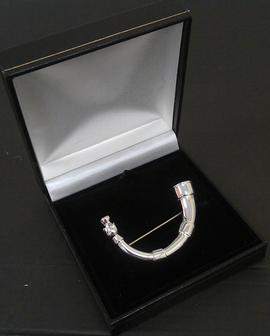 Silver Plated Horn of Leys Kilt Pin