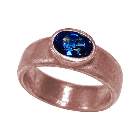 Oval Blue Sapphire in 18k Pink Gold
