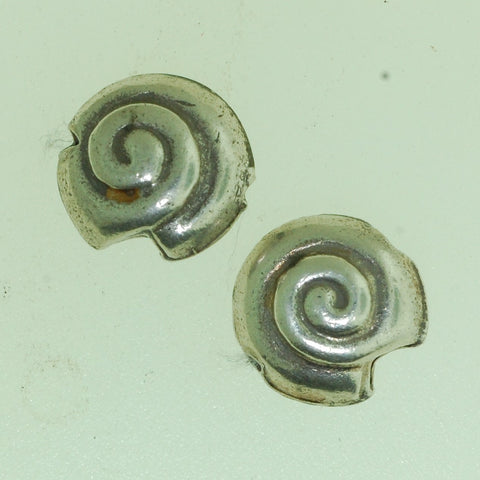 SB024- Hill Tribe Silver Shell Bead