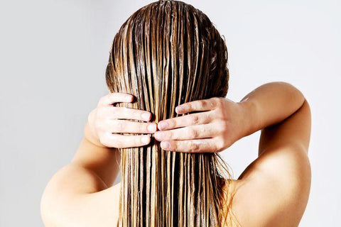 Four Ingredients That Keep Your Hair Happy, Healthy, and Chemical Free