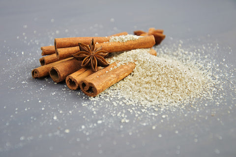cinnamon sticks and vanilla powder