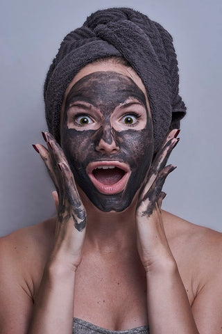 woman with gray face mask