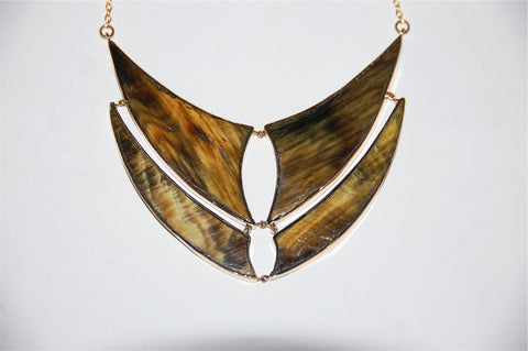 Double horn flying fish fin necklace