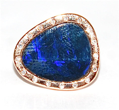 18kt Gold opal with flush diamond ring