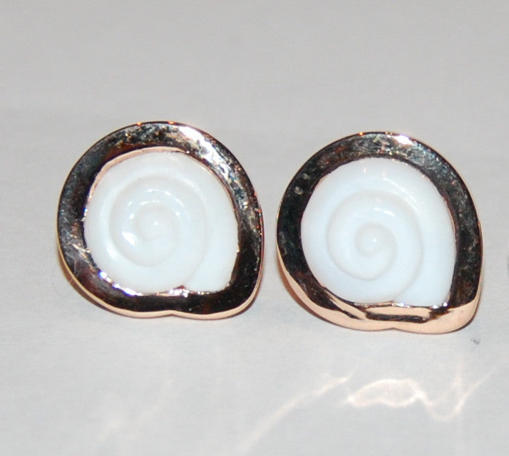 White opal rose gold small round shell earring