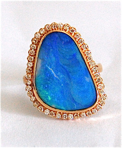 18kt Gold opal with diamond ring