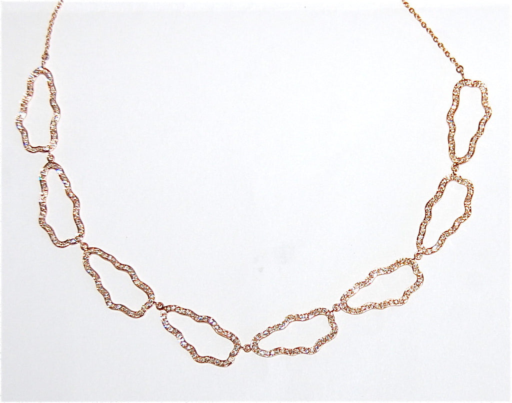 18kt Gold necklace with paved diamonds