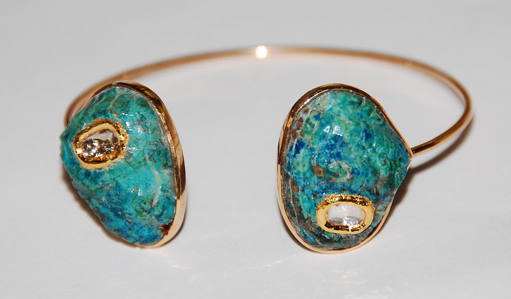 Turquoise oyster shell with grand polki diamond cuff