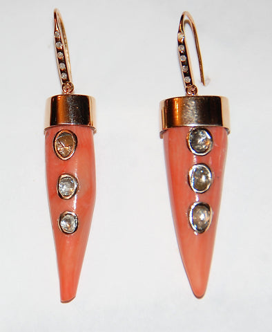 Coral earring with diamonds