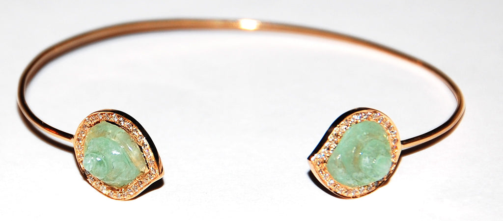 Fluorite round shell with paved diamonds cuff