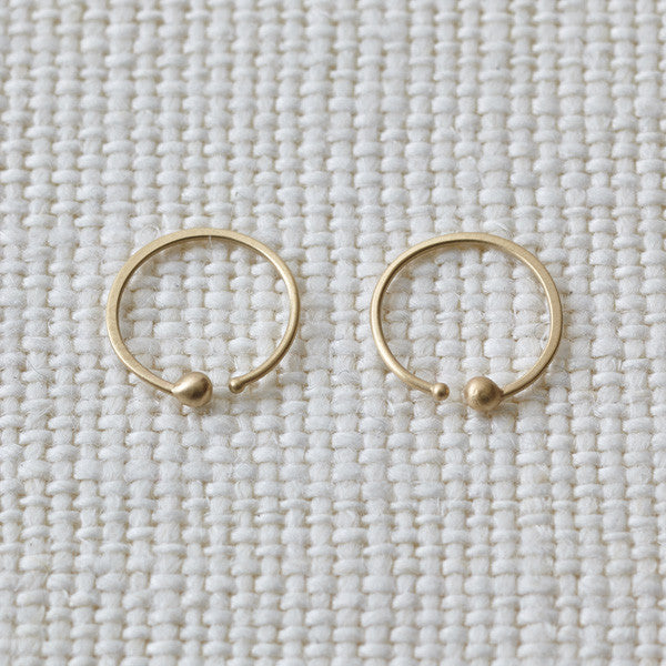 END DOT HOOP EARRINGS