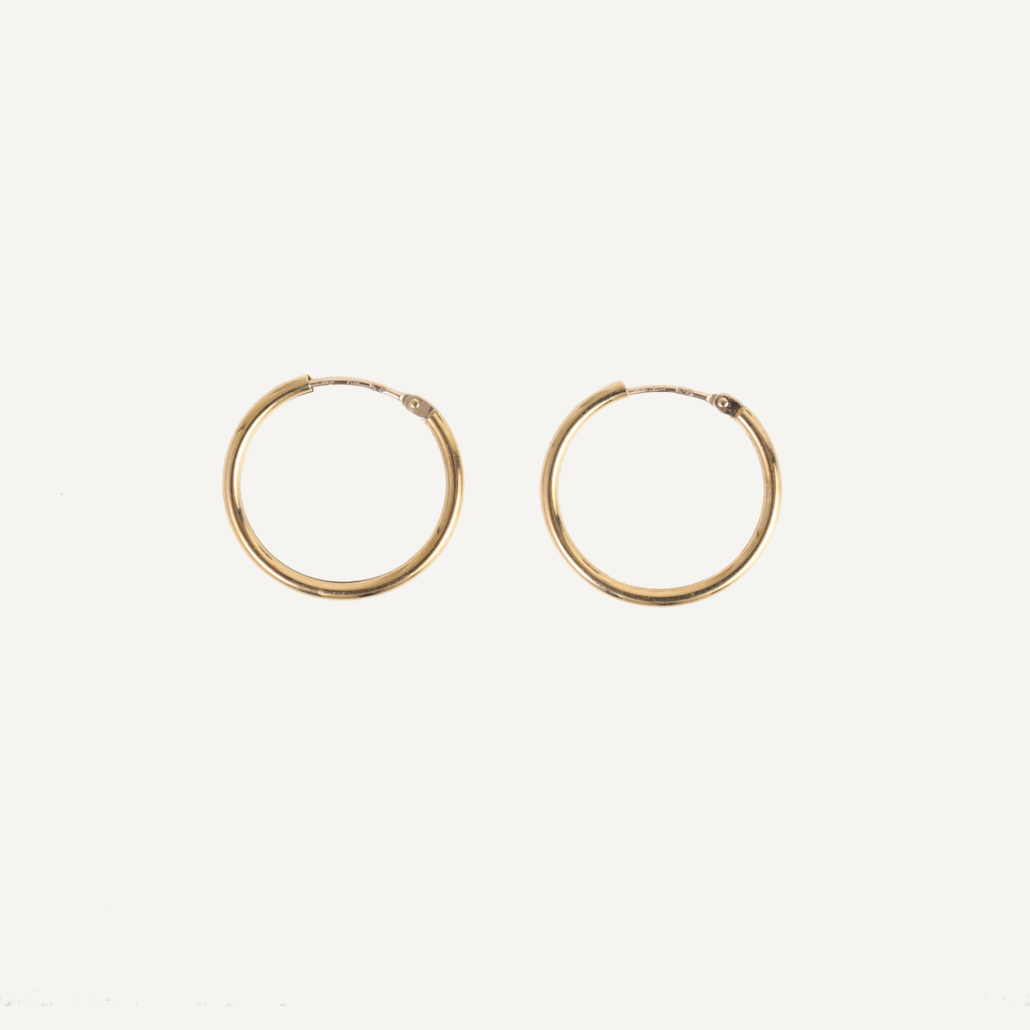 GOLD HOOP EARRINGS - LARGE