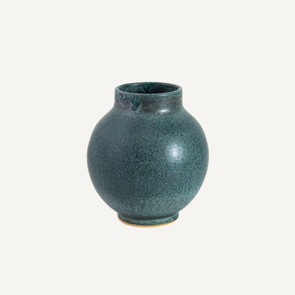 MAGNOLIA CERAMICS SHORT NECKED SPHERE VASE