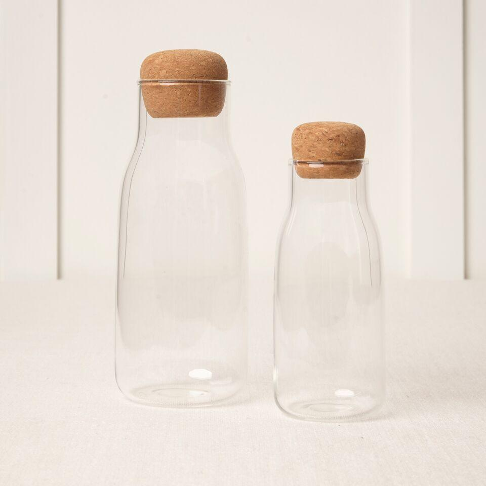 GLASS CARAFE WITH CORK LID