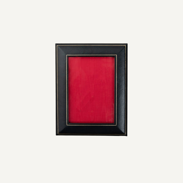 VINTAGE LEATHER PICTURE FRAME