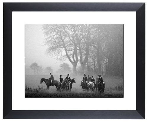 """Goodnight"" signed limited edition photographic print of The Heythrop Hunt by Charles Sainsbury-Plaice"