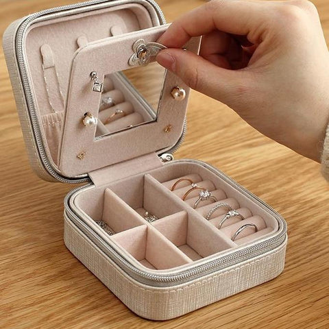 Image of Daisy's Travel Jewelry Box With Mirror