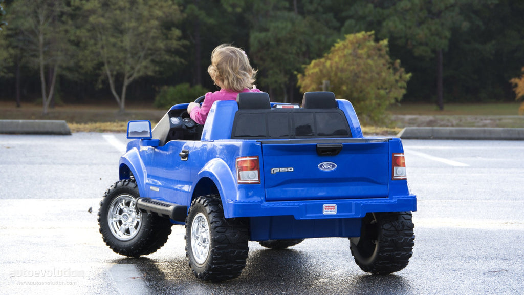 How to improve your child's creativity with power wheels