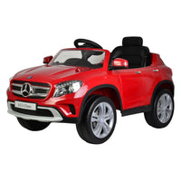 Mercedes GLA Red