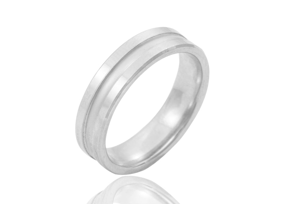 18K Polished Mat Groove 5mm Wedding Ring