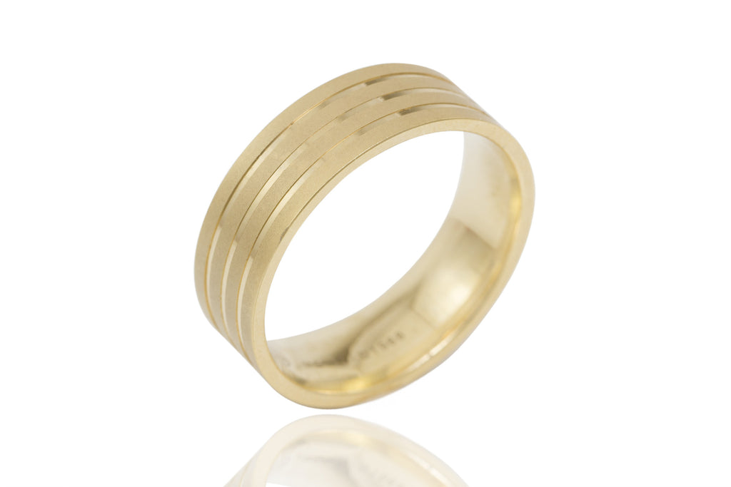 18K Flat Polished Mat with Shiny Groove 7mm Wedding Ring