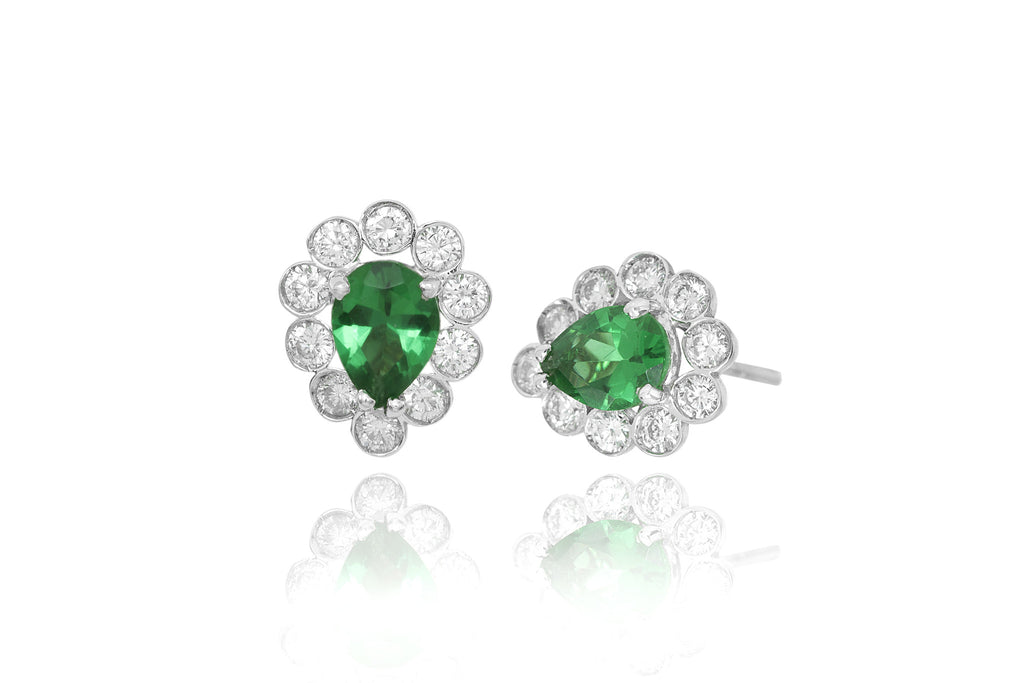 Pear Shaped Emerald and Diamond Cluster 18K White Gold Stud Earrings