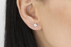 Diamond Illusion 18K White Gold Stud Earrings