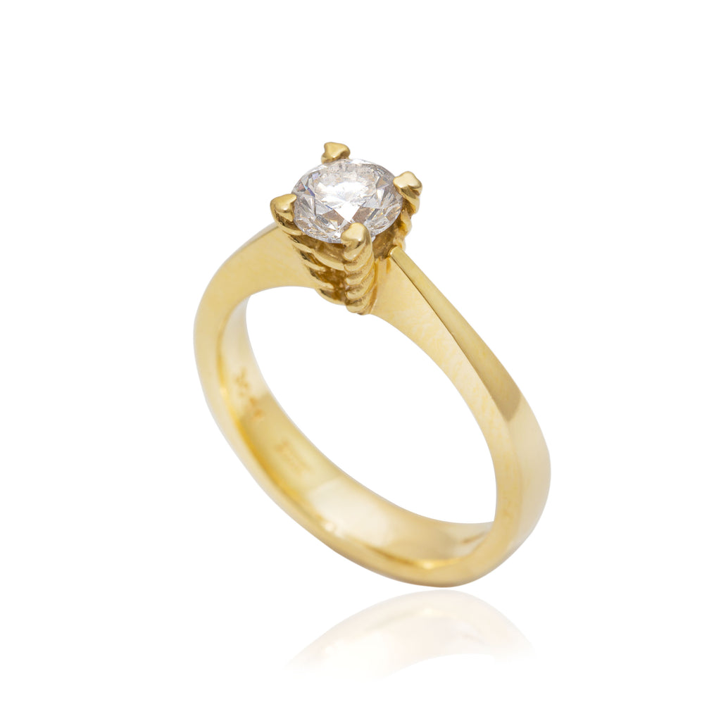 0.74 Carat Diamond Solitaire Engagement 18K Yellow Gold Ring
