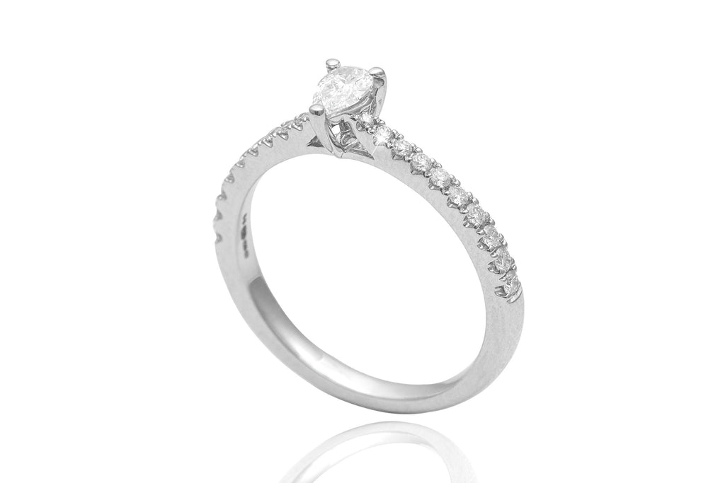 Pear Cut Diamond 18K White Gold Engagement Ring