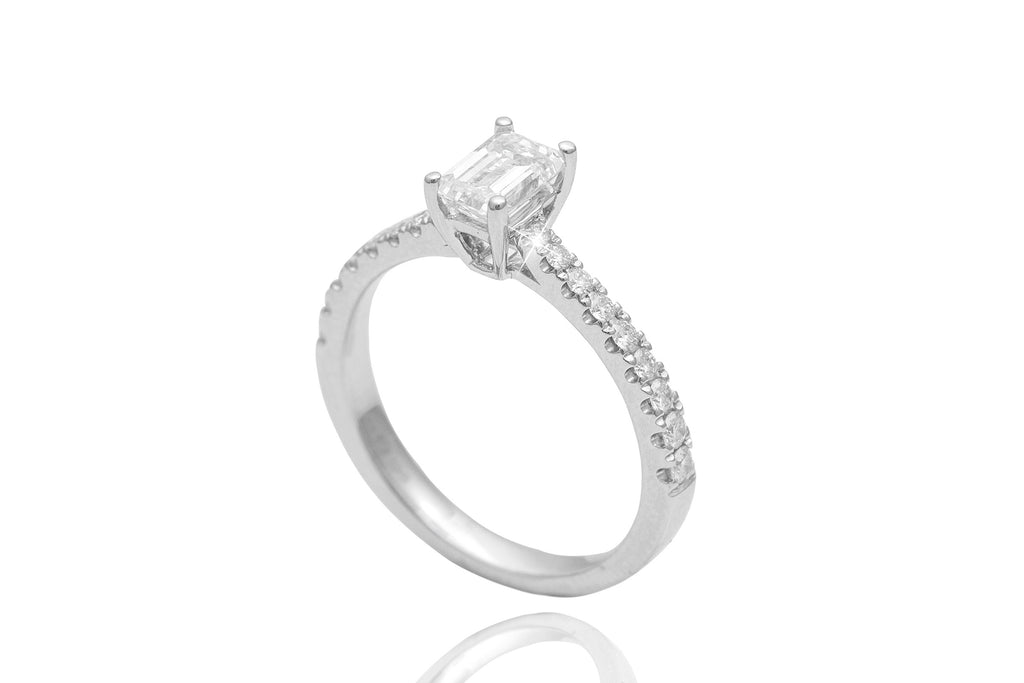 Emerald Cut Diamond 18K White Gold Engagement Ring