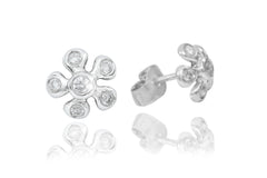 Rub Over Flower Shaped Diamond 18K White Gold Stud Earrings