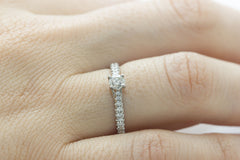 Round Cut Diamond 18K White Gold Engagement Ring - OUT OF STOCK