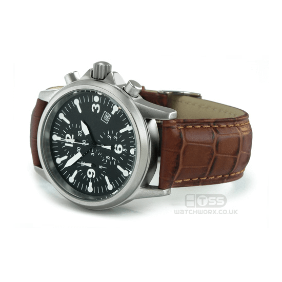 'M16' Alligator Grain Leather Watch Strap On Chronograph