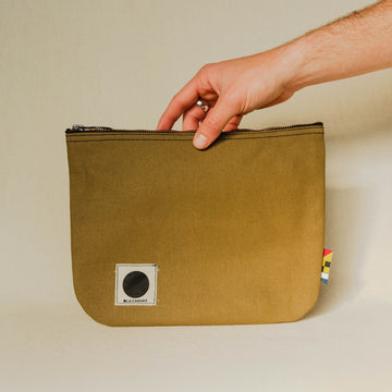 Ola Canvas Traveler Pouch