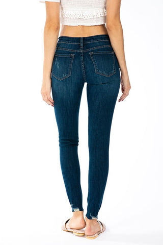 Kan Can Small Ankle Distressed Skinnies