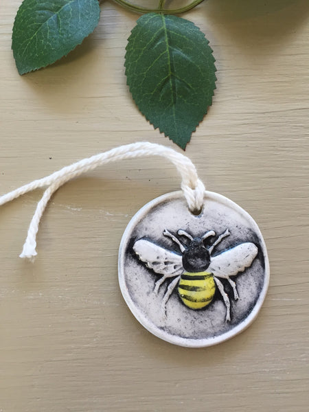 Honey Bee Ceramic Gift Tags