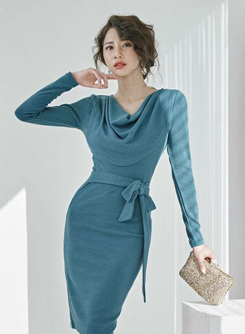 Moda Sleeved Dress