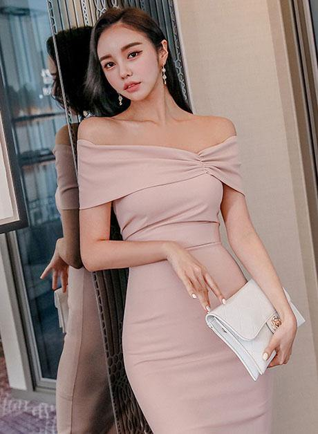 Diana Offshoulder Dress